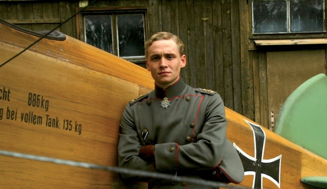 The Red Baron ISTP | The Book Addict's Guide to MBTI #ISTP