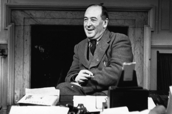 C.S. Lewis INTJ | The Book Addict's Guide to MBTI